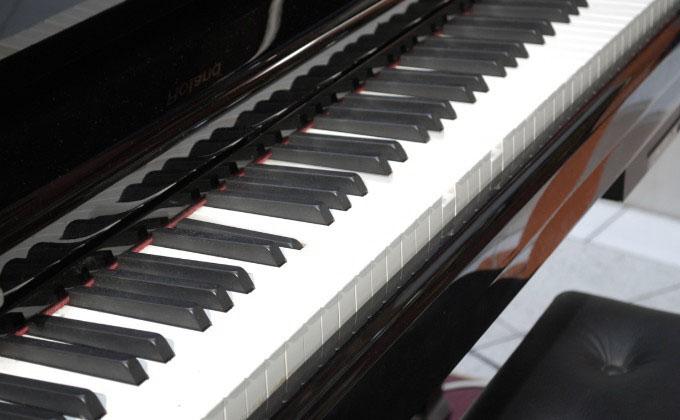 ピアノも鍵盤