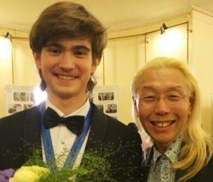 假屋崎省吾とダニール・ハリトーノフ