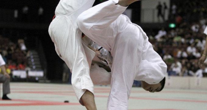 柔道の試合